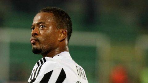 Crystal Palace Berniat Untuk Datangkan Patrice Evra Dari Juventus