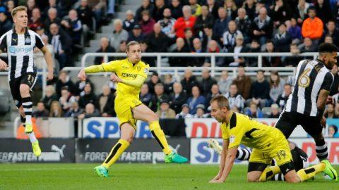 Newcastle United Jadi Korban Kesalahan Fatal Wasit