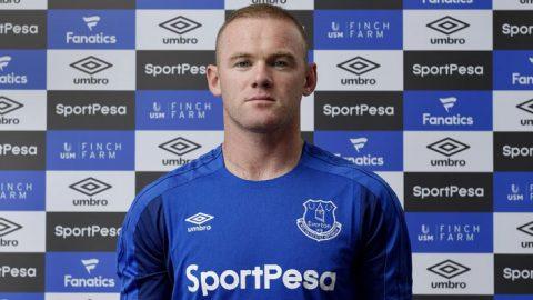 Manchester United Berikan Selamat kepada Wayne Rooney Setelah Berhasil Mencetak Gol Ke-200