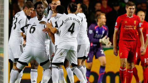 Swansea Unggul Di Kandang Melawan Liverpool