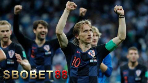 Dejan Lovren: Jika Luka Modric Orang Jerman Atau Spanyol, Dia Bisa Raih Ballon D'Or
