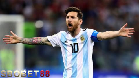 Lionel Messi Menjadi Sasaran Kritikan Kekalahan Argentina