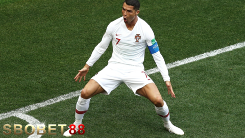 Christiano Ronaldo Resmi Jadi Topskor Eropa