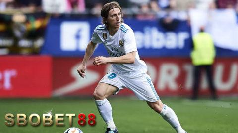 Julen Lopetegui: Luka Modric Tetap Di Real Madrid