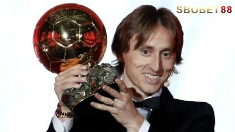 Luka Modric Akhirnya Memutus Duopoli Peraih Ballon d'Or