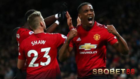 Anthony Martial Akan Bertahan di Manchester United