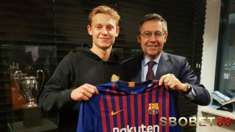 Wonderkid Ajax Menuju Barcelona