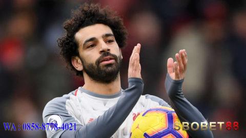 Penghargaan PFA Player of the Month jatuh kepada Salah