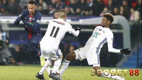 Neymar Absen Lawan Manchester United