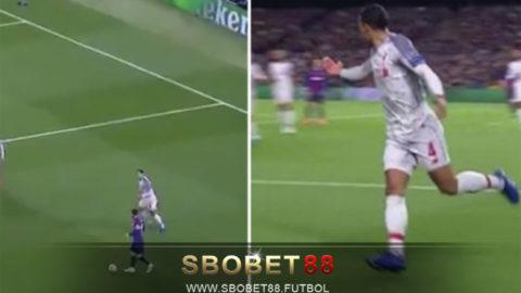 Bek Terbaik Liga Inggris Tak Berkutik Saat Menghadapi Messi