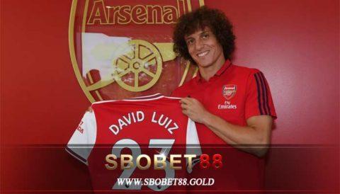 Luiz Resmi Berseragam Arsenal Untuk Musim 2019 – 2020
